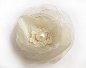 Free Shipping /Bridal White Cream Silk Organza Flower Brooch  /Hair Clip