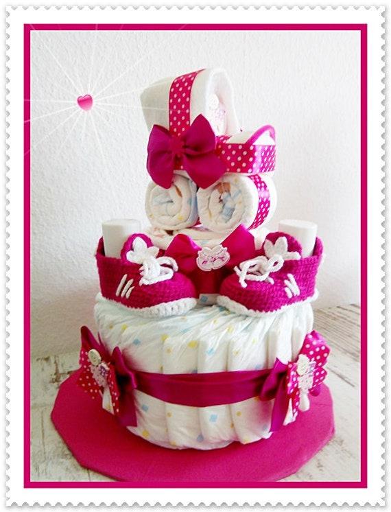Windeltorte Mädchen rosa//pink mit Babyschuhen und Namen