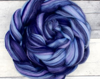 Merino blend, 23 Micron, hand painted Combed Wool Top, 4oz wool roving, soft wool for spinning, spinning fiber