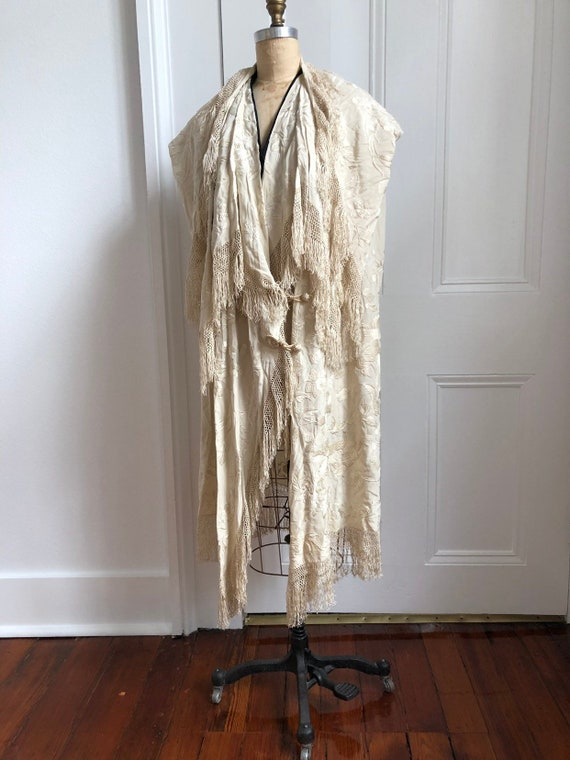 1910s 20s Embroidered Fringed Shawl Cape with inte