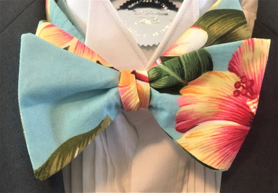 Green Tropical Hawaiian Bow Tie On Elastic Fancy Dress Clown Fun
