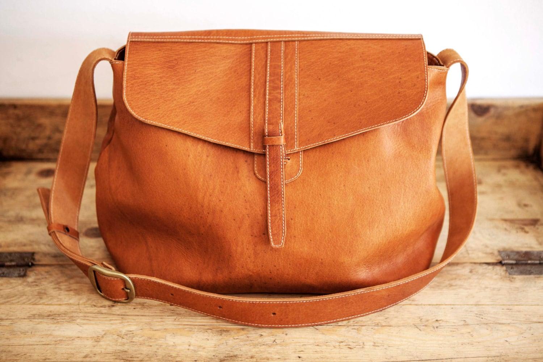 f169749ca650 SATCHEL Leather Bag    Big Leather handbag    Brown coach