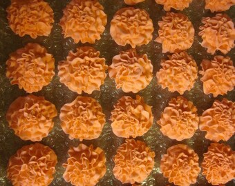 50 Royal Icing Carnations, 1 1/2 inch in diameter