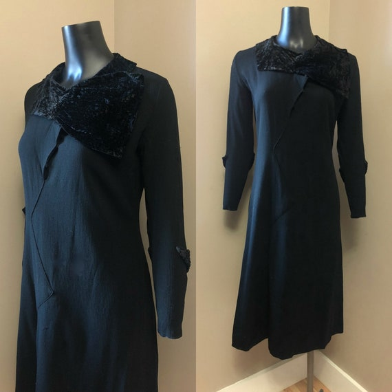 1930s black wool crepe and velvet dress • Mary & A