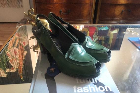 1940s green leather peep toe pumps | 40s Femme Fat