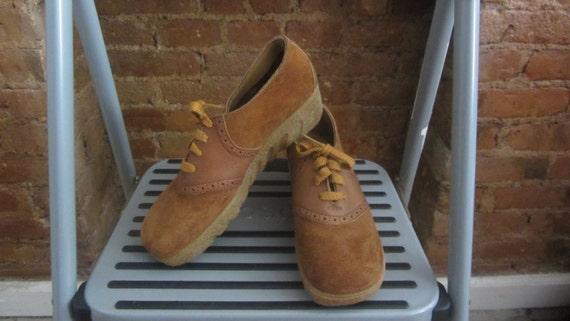 1970s suede gum sole oxford shoes