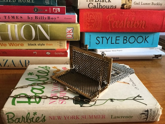 1920s Mandalian mesh purse • Antique 20s art deco… - image 7