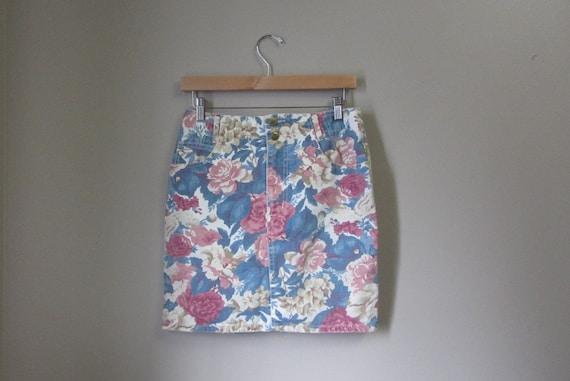 vintage floral denim skirt | 90s mini skirt