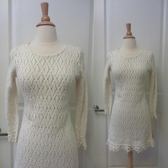 1970s crochet mini dress   70's boho hippie