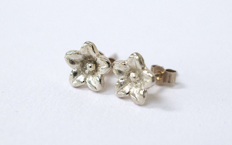 Silver Flower Earrings  Dainty Flower Earrings  Flower Stud image 0