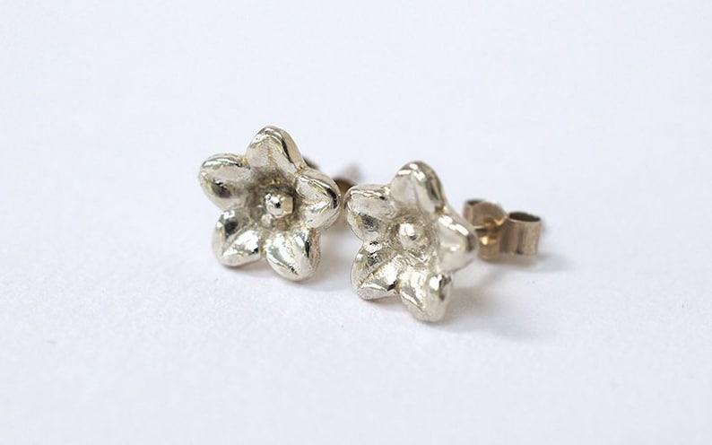Silver Flower Earrings  Dainty Flower Earrings  Flower Stud image 0