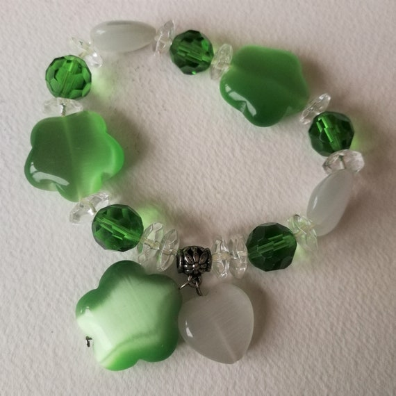 Hunter Green and lime green elastic beads Free Shipping
