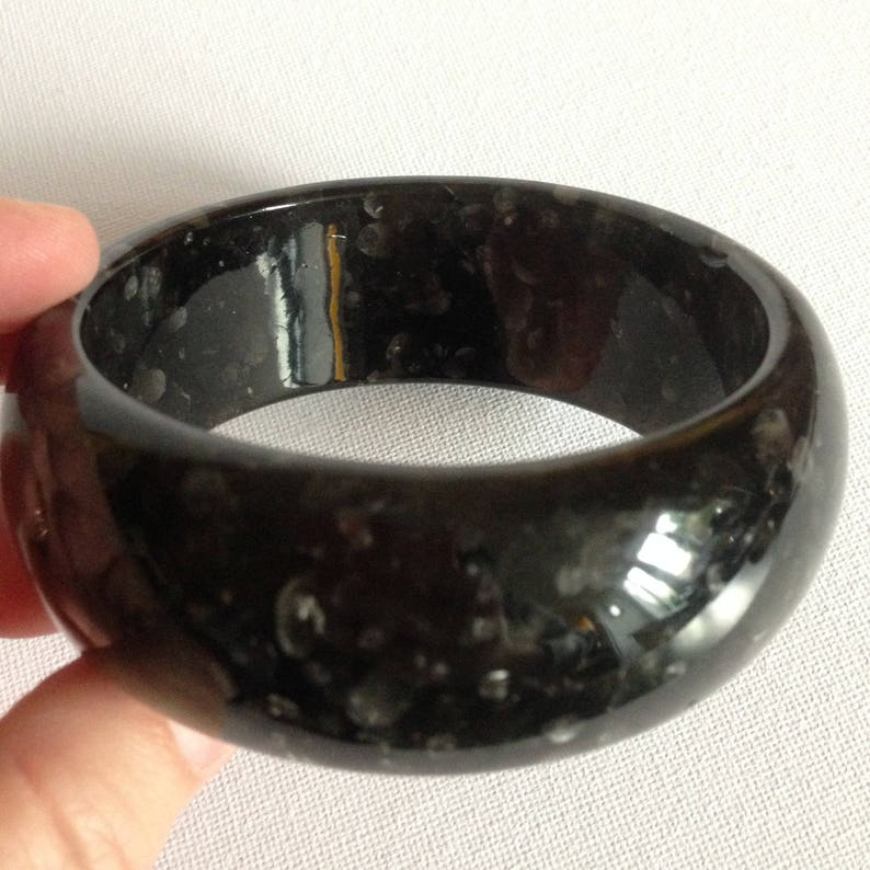 unusual  chunky vintage marbled faux Bakelite fakelite grey plastic bangle Bangle