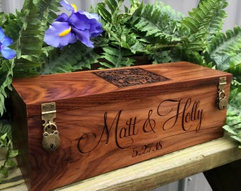 Wine Box, Custom Wine Box, Wedding Wine Box, Wedding Gift, Gift for Bride and Groom, Newlywed Gift, Anniversary Gift, Engraved Wine Box