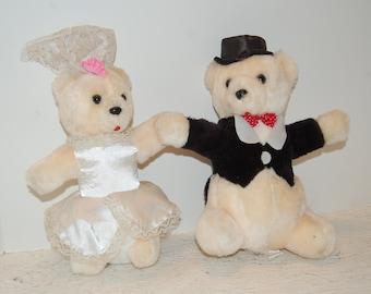 96dd5705377 Vintage Bride and Groom Bears