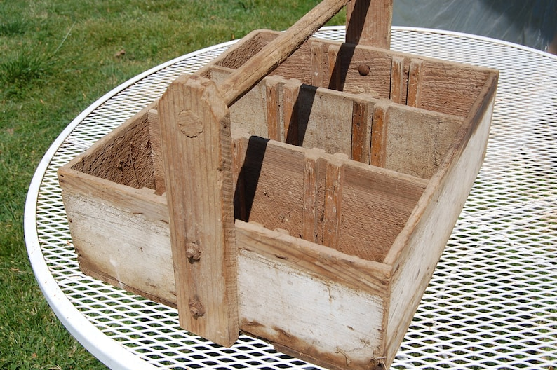 Wood Milk Crate Vintage Milk Carrier Handled Carrier Bottle Crate Antique Wood Crate Dairy Decor Handled Box Garden Box Tool Box