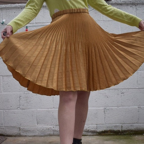 Jeanne Marc Pleated Gold Skirt