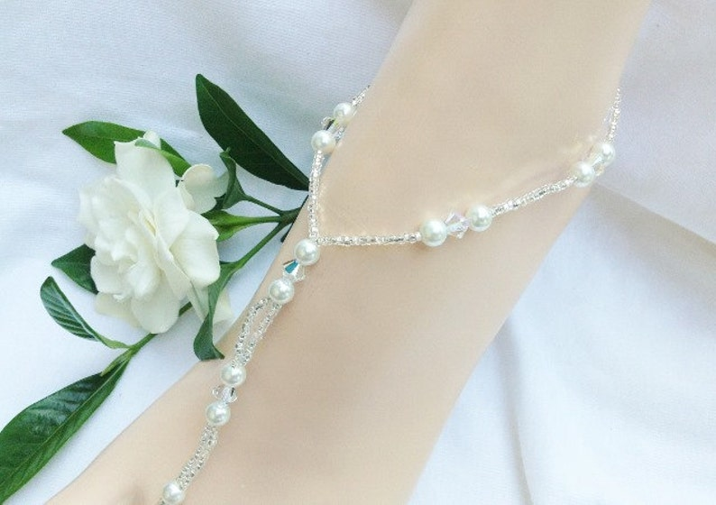 White Barefoot Sandal Pearl Barefoot Sandal Bridal Jewelry Beach Wedding Bridal Barefoot Sandals