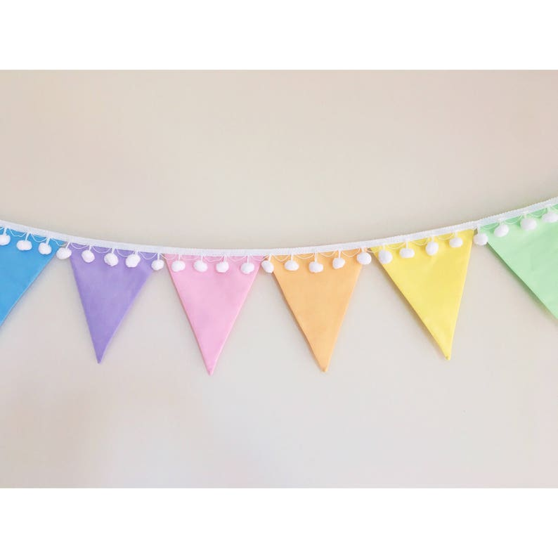 Happy Birthday Bunting Pink 100/% Cotton Fabric Double Sided Machine Washable New