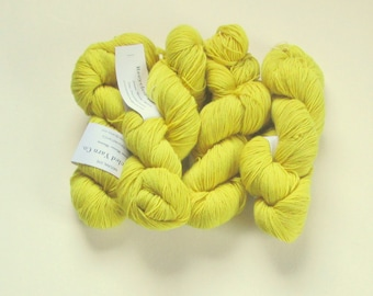 QUEEN ANNE'S LACE Natural Dyed Yarn