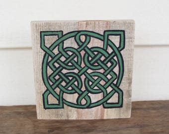 Celtic Knot, Celtic Knot Wall Decor, Celtic Knot Wall Art, Irish Knotwork, Irish wall decor, st patricks day decor, small wood sign,