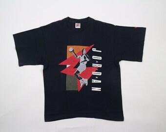 91f450cf7c12 Vintage Nike Air Jordan T-Shirt Gray Tag
