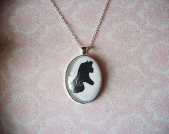 Handmade Sleeping Beauty Princess Aurora Disney Silhouette Cameo Glass Silver Pendant Necklace