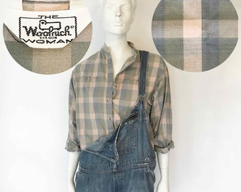 The WOOLRICH Ghingham Style Vintage 80s Shirt Poets Collar Cotton Pink Grey Buffalo Check Plaid Long Sleeve Blouse Top Womens