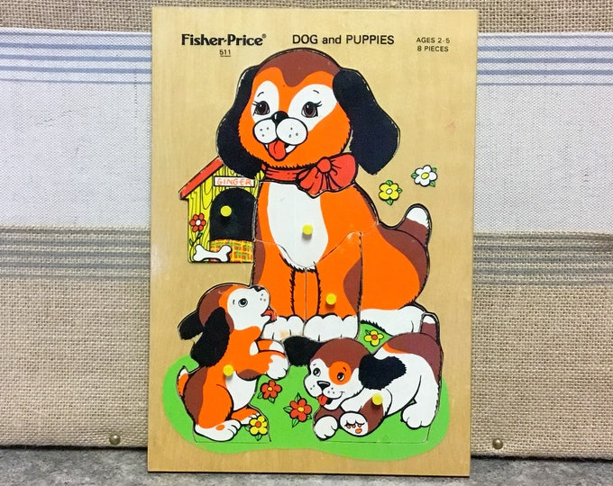 Vintage FISHER-PRICE Eight (8) Piece Wooden Tray PUZZLE Dog and Puppies