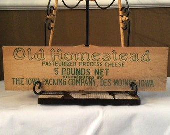 Wooden Slat from Vintage Old Homestead Cheese Box DES MOINES, IOWA Sign Advertising
