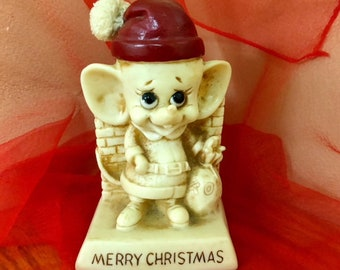 (1969) Vintage Cute MERRY CHRISTMAS Sillisculpt Statuary