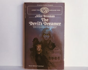The Devil's Dreamer by Alice Brennan 1971 VINTAGE GOTHIC FICTION