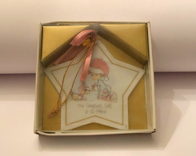 "PRECIOUS MOMENTS Christmas Star Ornament ""The Greatest Gift is a Friend"" 1988 Enesco Dog and Boy"