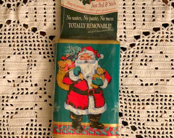 CHRISTMAS SANTA Removable WALLPAPER Border, One Package New Old Stock