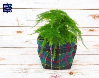 Medium Fabric Pot in Green & Black Tartan Harris Tweed