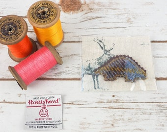 Stegosaurus Dinosaur - Harris/ Donegal Tweed pin brooch - Choose from Variety!