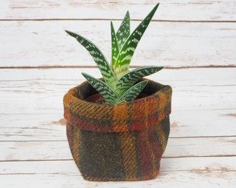 Small Fabric Pot in Green Tartan Harris Tweed