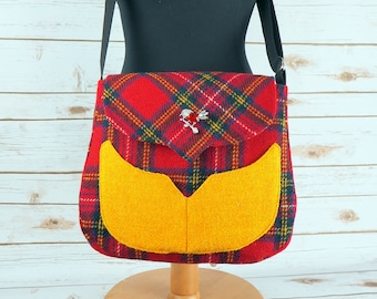 Myrtle - Red Tartan Harris Tweed Cross Body Bag - Handmade Handbag - Messenger Bag - Casual Bags - Gift for her -Vintage Brooch