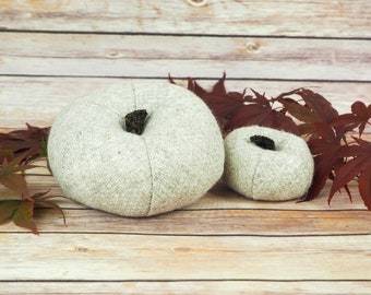 Plush Harris Tweed Pumpkins - Oatmeal twill