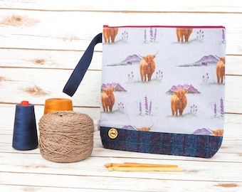 Highland Cow Project bag with Harris Tweed base