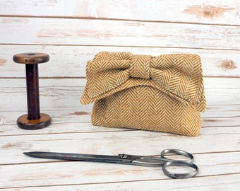 Audrey - Beige Caramel Herringbone Donegal Tweed Evening Clutch