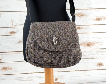 Bella - Grey Herringbone Harris Tweed Cross Body Bag - Handmade Handbag - Shoulder Bag - Casual Bags - Gift for her - Vintage Buttons