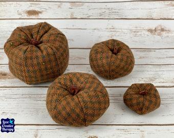 Plush Donegal Tweed Pumpkins - Brown Check
