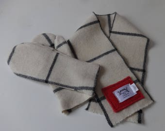 Wool Scarf and Matching Mittens-100% Pure English Wool-Pre-Washed,Barn,Toboggan
