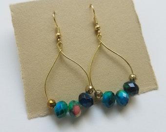 Colorful blue green glass bead hoop earrings / gold hoop earrings / earrings for women / matching jewelry set