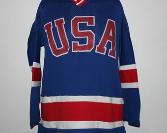8d28a1937 Vintage Team USA Hockey Jersey S