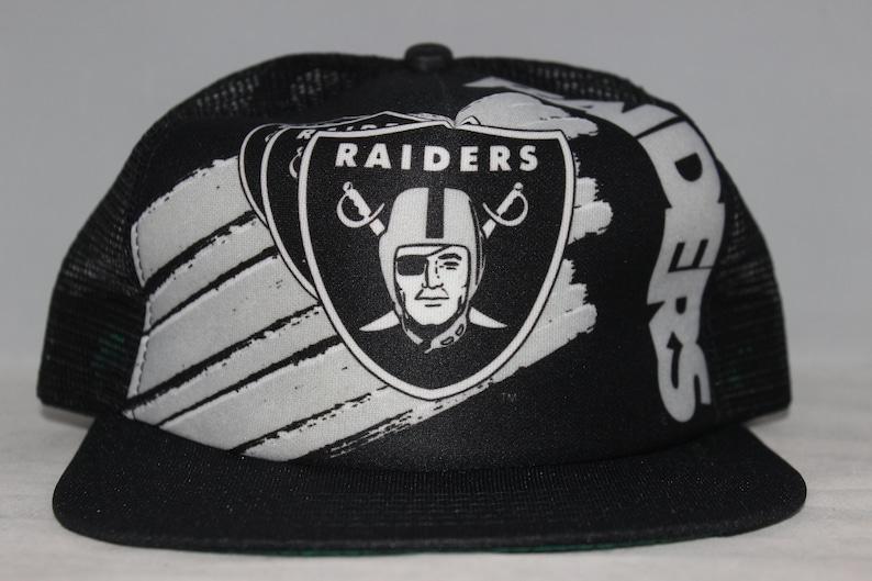 7cfca449d Vintage Oakland Raiders New Era NFL Snapback Hat