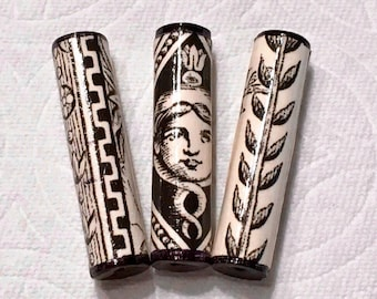 Paper Beads - Victorian Lady