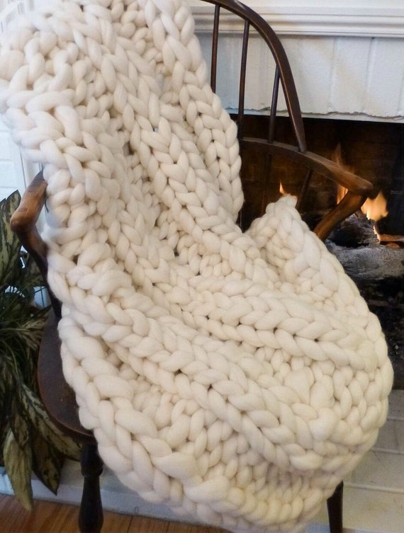 "KNIT KIT DIY Chunky Knit Blanket  24"" Giant Needles 5# Chunky Yarn  Patterns"