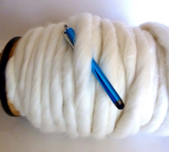 "Giant Chunky, Thickest, Softest Yarn, Super- THICK Yarn, ""Smoosh Yarn"" ™ For Chunky Blankets, Hand Spun yarn"